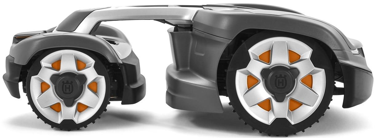Husqvarna Automower 435X AWD Side